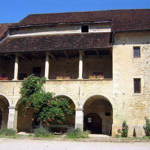Château de Quintigny, de la cours
